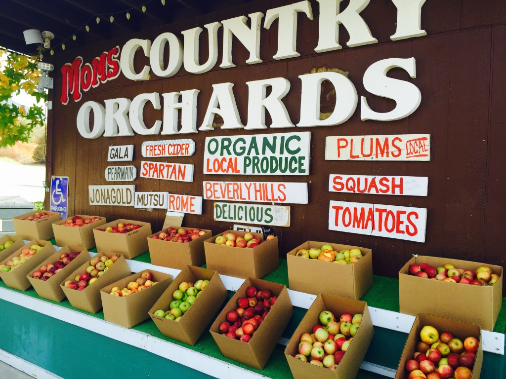 Mom's Country Orchards